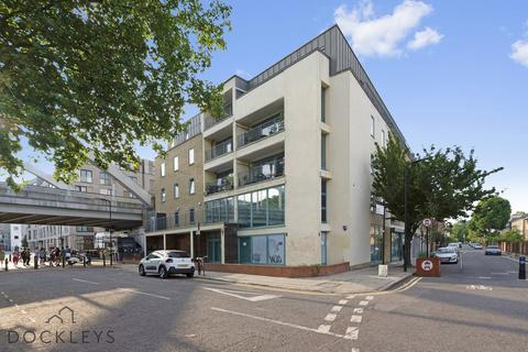 3 bedroom apartment to rent - Dunston Road, Shoreditch, E8