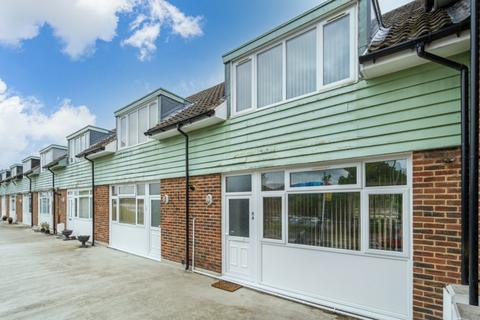 2 bedroom flat to rent - Little Chalfont