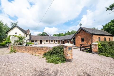 4 bedroom barn for sale - Blithbury Road, Rugeley, WS15