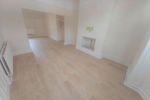 3 bedroom terraced house to rent - Cromwell Street, Sunderland