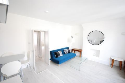 2 bedroom flat to rent - Beaufort Street, Chelsea, SW3