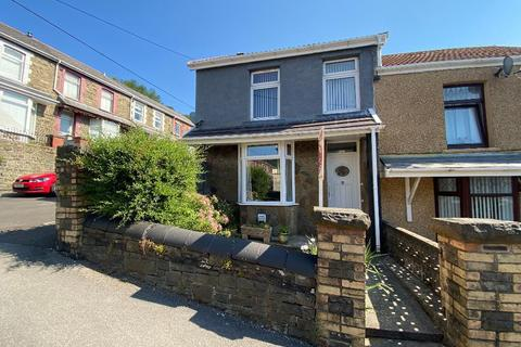 3 bedroom end of terrace house for sale - Byron Street, Cwmaman, Aberdare, CF44 6HP