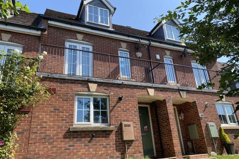 3 bedroom townhouse for sale - Uttoxeter Road, Stoke-On-Trent