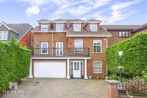 6 bedroom detached house for sale - Shepherds Way, Bournemouth, BH7