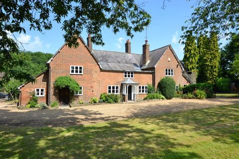 5 bedroom detached house to rent - Peters Green, Nr Luton, Bedfordshire