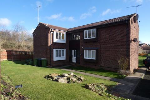 Studio to rent - Dykes Way, Gateshead