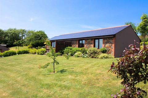 3 bedroom detached bungalow to rent - New Portreath Road, Redruth