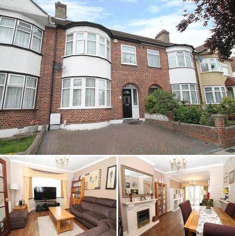 3 bedroom house for sale - Derwent Avenue, London