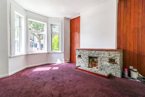 4 bedroom terraced house to rent - Benares Road, London, SE18