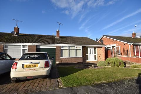 3 bedroom bungalow to rent - Ffordd Alun, Wrexham, LL12
