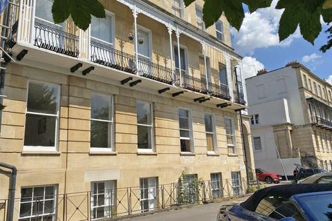 2 bedroom flat for sale - Lansdown Place, Cheltenham