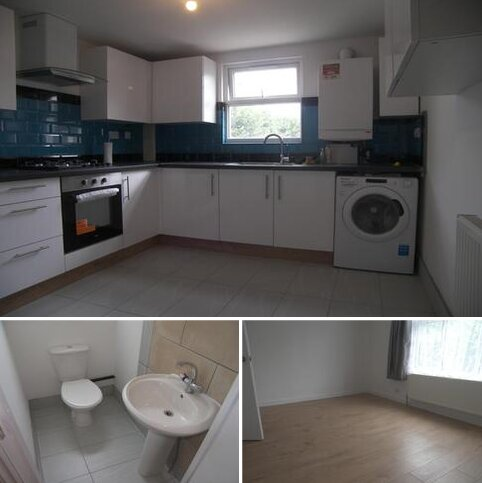 3 bedroom flat to rent - St George's Avenue, London E7