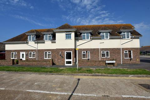1 bedroom flat to rent - Friars Avenue, Peacehaven, BN10 8PS