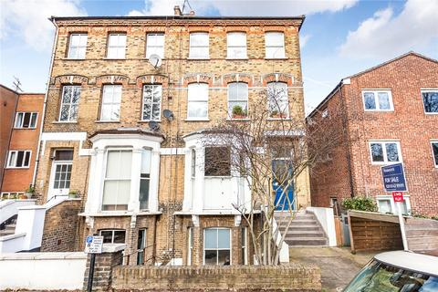 2 bedroom apartment to rent - Crescent Road, London, N8