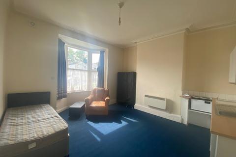 House share to rent - 14 STATION ROAD, DARLINGTON DL3