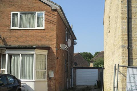 Studio to rent - Old Town, Brackley, NN13