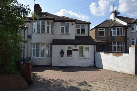 5 bedroom semi-detached house to rent - Woodcroft Avenue, Stanmore