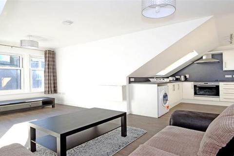1 bedroom flat to rent - Orchard Street, Top Floor, AB24