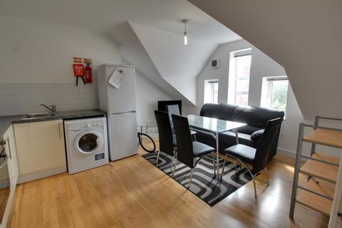 3 bedroom apartment to rent - Briton Street, Leicester