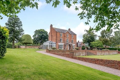 7 bedroom detached house for sale - Borras Road, Borras Head, Wrexham, LL13