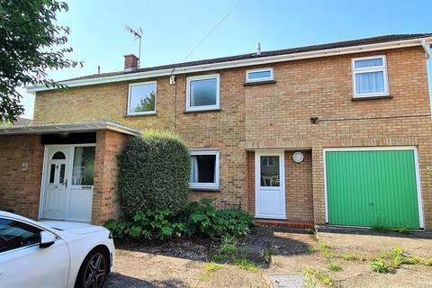 5 bedroom detached house to rent - Lewis Drive, Chelmsford, Essex