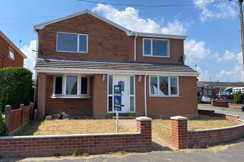 5 bedroom detached house for sale - Waen Road, Coedpoeth, Wrexham