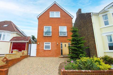 5 bedroom detached house for sale - Goddington Road, Rochester