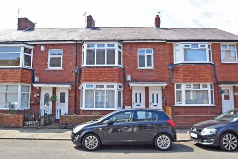 3 bedroom apartment for sale - Cleveland Avenue, North Shields