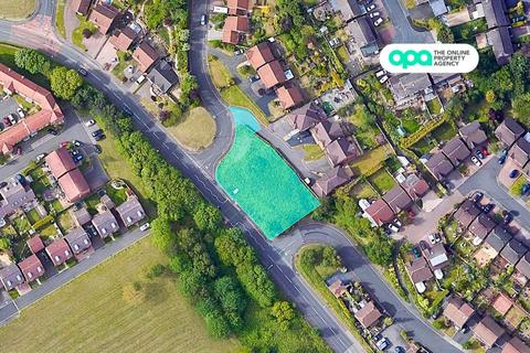 Property for sale - Land -Melbourne Close- Planning - 3 x 2 Bed Bungalows, Kingswinford, Kingswinford , DY6