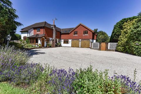 5 bedroom detached house for sale - Brighton Road, Woodmancote