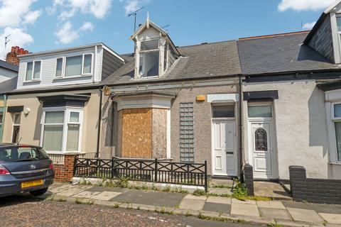 3 bedroom cottage for sale - Hastings Street, Hendon, Sunderland, Tyne and Wear, SR2 8SR