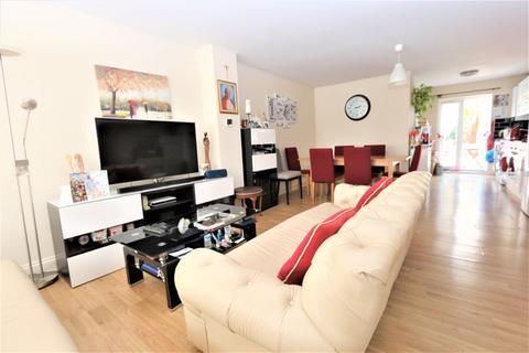 3 bedroom house to rent - Berwick Road, Wood Green N22