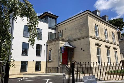 2 bedroom apartment for sale - Flat 4, 97A Hillfield Villas, London Road, Gloucester
