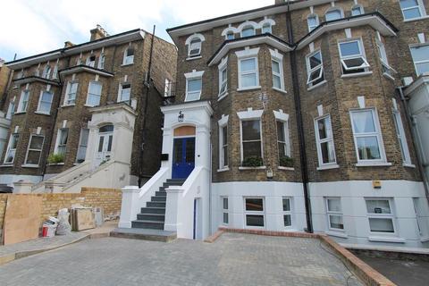 2 bedroom flat to rent - Footscray Road, Eltham