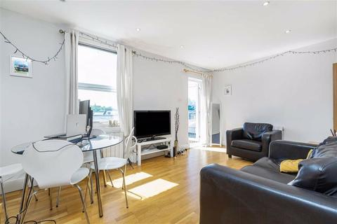 2 bedroom flat to rent - Abercrombie Street, Battersea, SW11