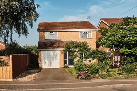 4 bedroom detached house for sale - Burnham Drive, Whetstone, Leicester