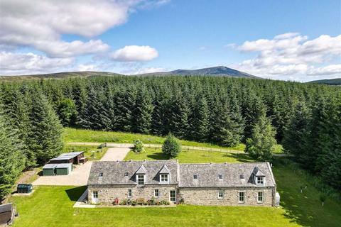 4 bedroom detached house for sale - Glenlivet