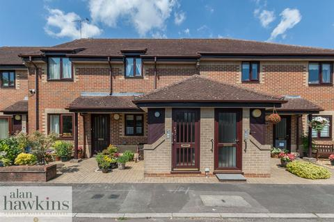2 bedroom retirement property for sale - The Mulberrys, Royal Wootton Bassett, SN4 8
