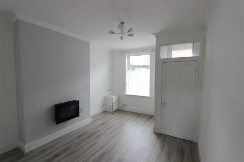 2 bedroom terraced house to rent - Surtees Street, Darlington