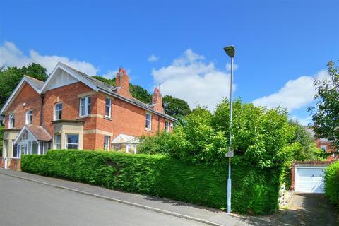 4 bedroom semi-detached house for sale - De Merley Road, Morpeth