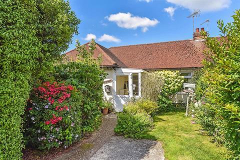2 bedroom semi-detached bungalow for sale - West View Drive, Yapton