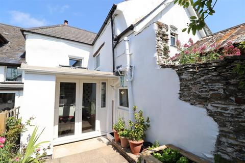 4 bedroom terraced house for sale - Tregony