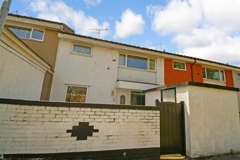 3 bedroom terraced house for sale - Innsworth Garth, Bransholme, Hull