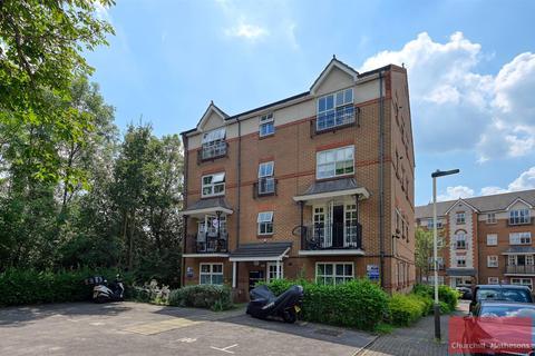 2 bedroom flat for sale - Shaftesbury Gardens, London