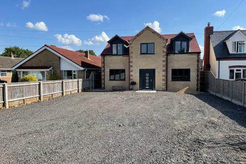 5 bedroom detached house to rent - Chapel Road, West Row