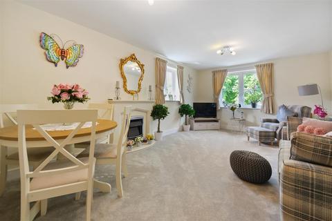 2 bedroom apartment for sale - Goodes Court, Baldock Road, Royston