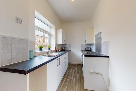 2 bedroom terraced house to rent - Temple Street, South Shields