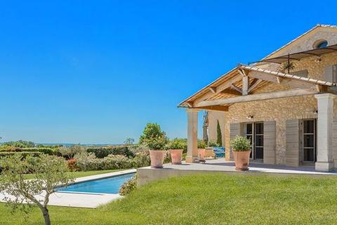 4 bedroom farm house - 30700 Uzes, Gard, Languedoc-Roussillon