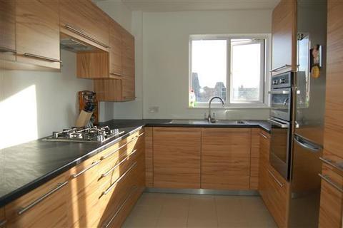3 bedroom apartment to rent - Juniper House, 2 Edge Hill, Wimbledon