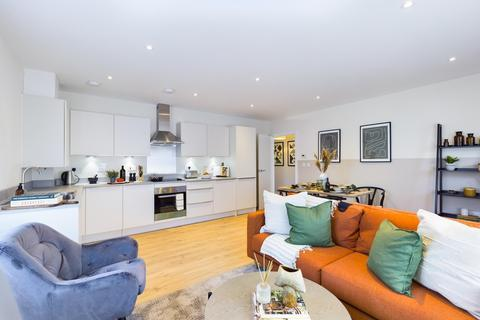 2 bedroom apartment for sale - Beech House, 2 Gatehouse Close, Ashford, Middlesex, TW15
